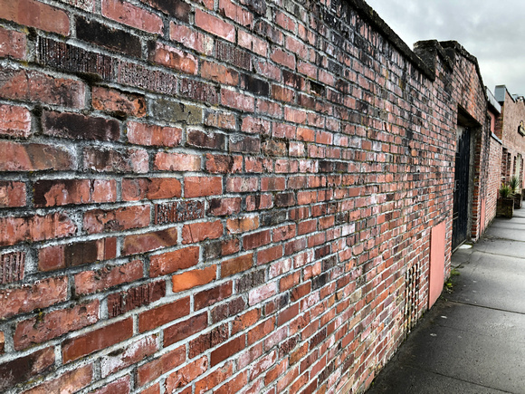 Snoqualmie old brick wall 4